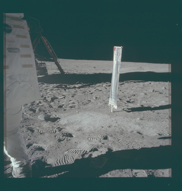 AS11-40-5916 - Apollo 11 - Apollo 11 Mission image - Solar-Wind Composition (SWC) Experiment