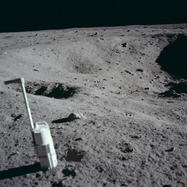 AS11-40-5957 - Apollo 11 - Apollo 11 Mission image - Lunar surface and horizon
