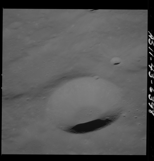 AS11-43-6398 - Apollo 11 - Apollo 11 Mission image - Moon, East of Crater 225