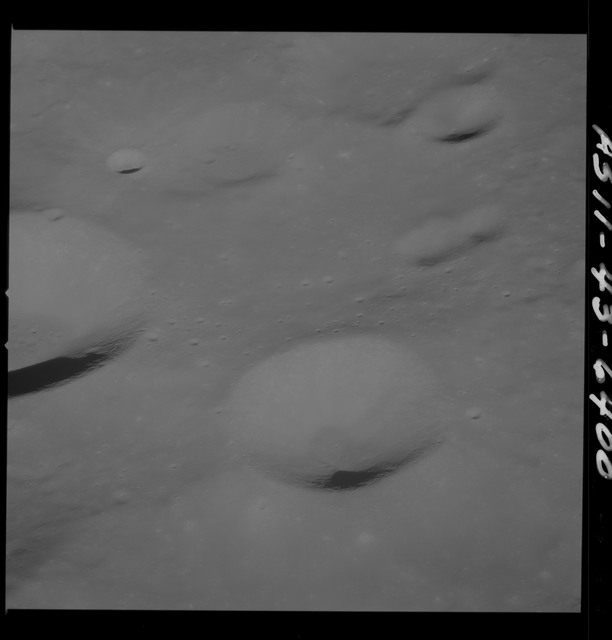 AS11-43-6400 - Apollo 11 - Apollo 11 Mission image - Moon, East of Crater 225
