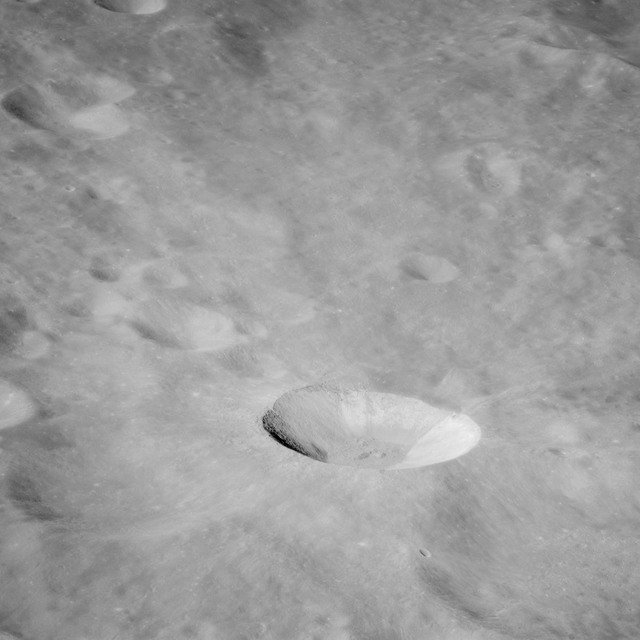 AS11-43-6412 - Apollo 11 - Apollo 11 Mission image - Moon, East of Crater 220