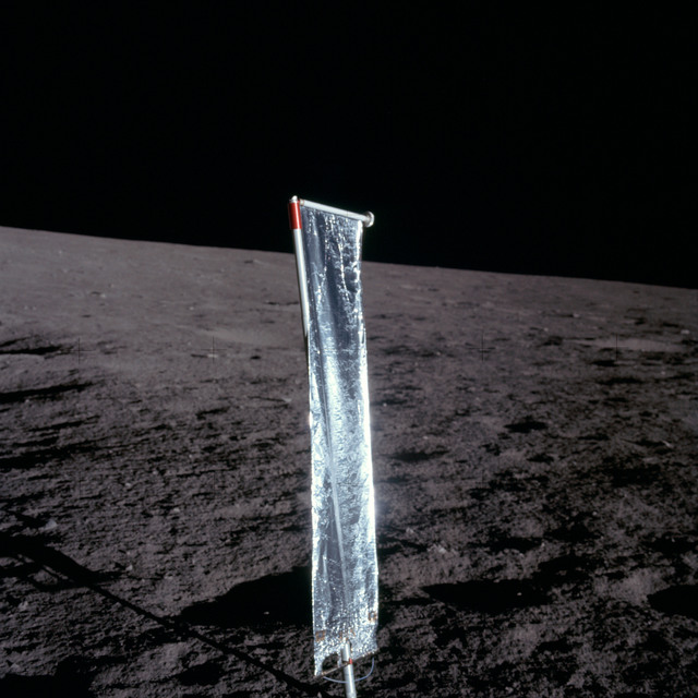 AS12-47-6898 - Apollo 12 - Apollo 12 Mission image  - Close-up view of the Solar Wind Panel