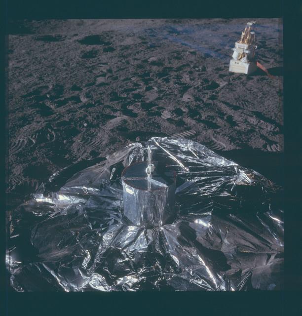 AS12-47-6916 - Apollo 12 - Apollo 12 Mission image  - ALSEP passive seismometer
