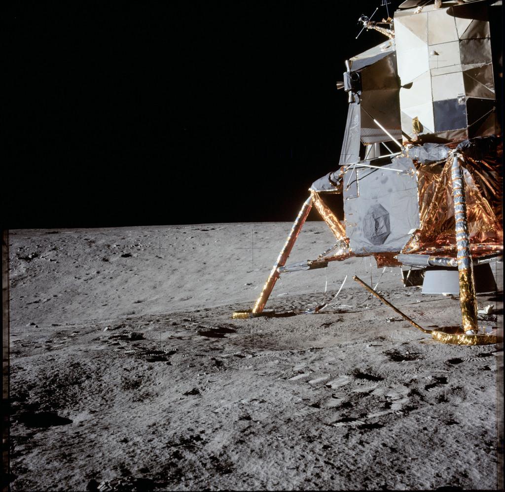 AS12-47-6990 - Apollo 12 - Apollo 12 Mission image  - Lunar surface near lunar module