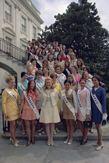 Tricia Nixon and the 1970 Cherry Blossom Queen Contestants