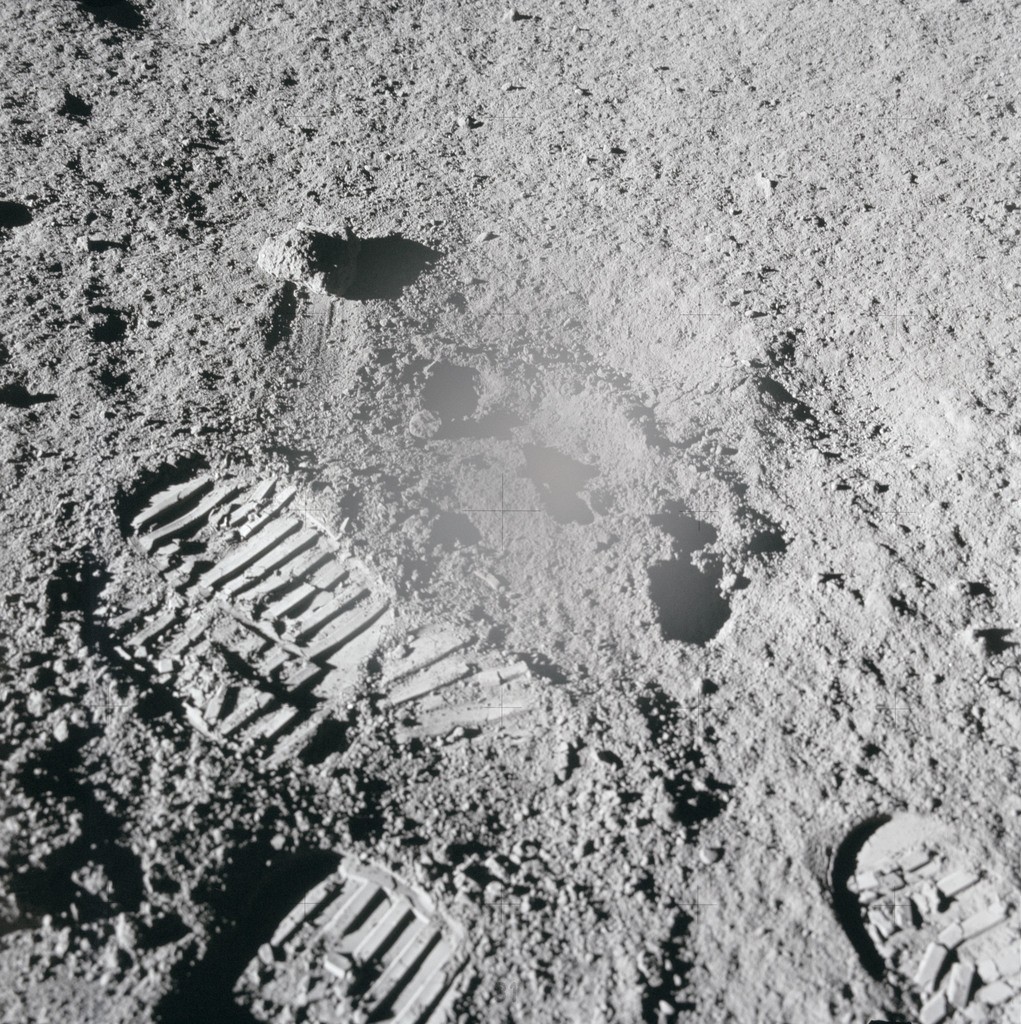 AS15-86-11582 - Apollo 15 - Apollo 15 Mission image - View of Station 3  after Sample