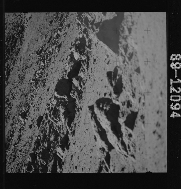 AS15-89-12094 - Apollo 15