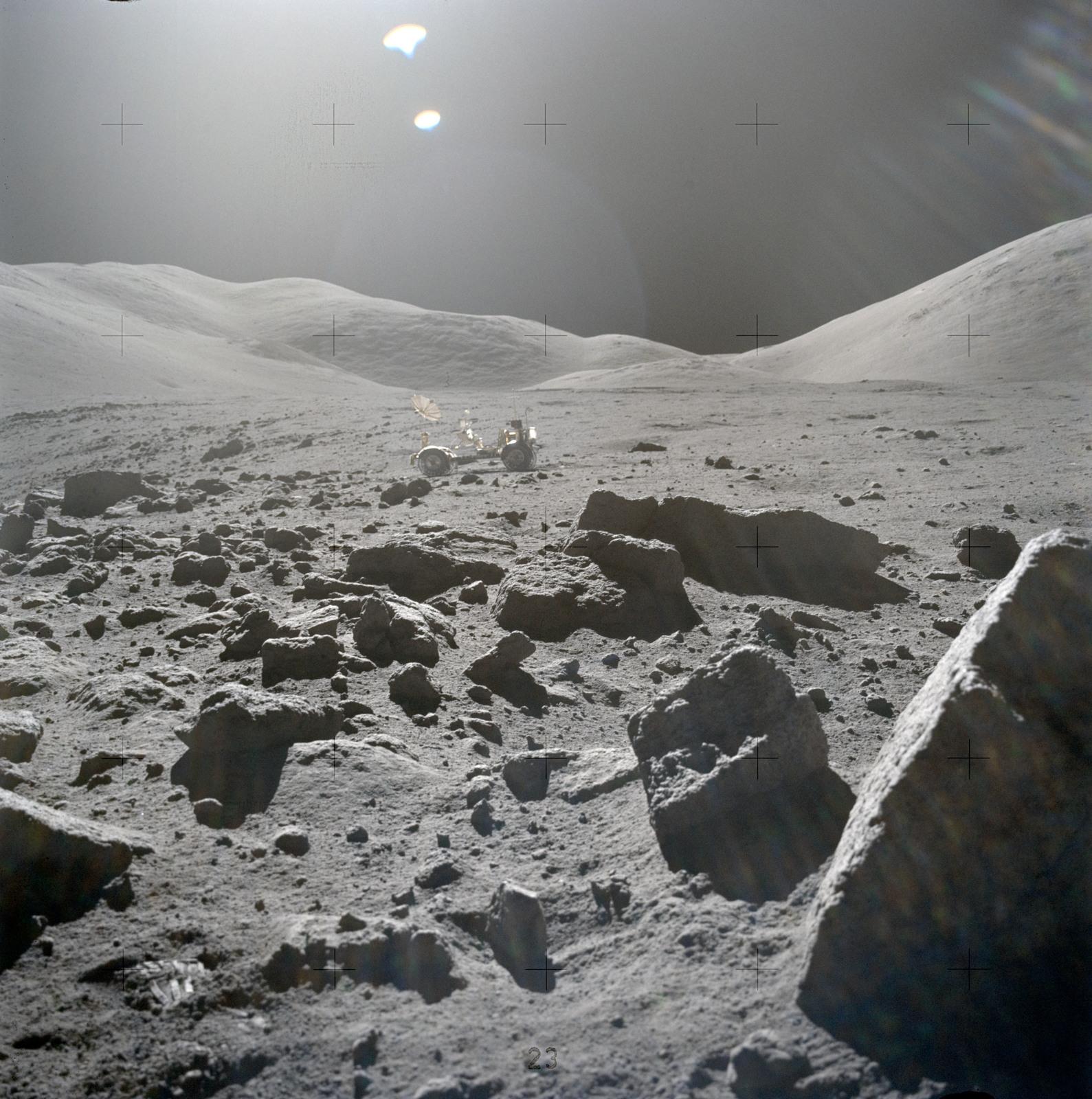этого самые четкие фото луны штрихи между указательным