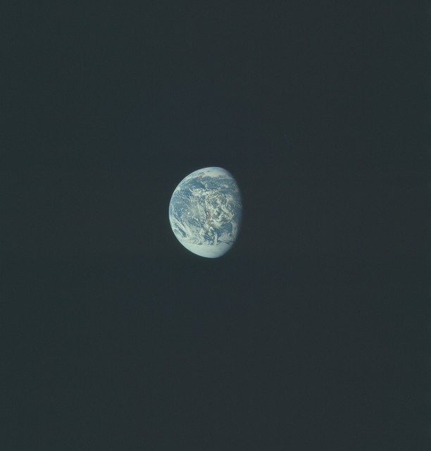AS17-148-22746 - Apollo 17 - Apollo 17, Earth views over North and South America and Antarctica
