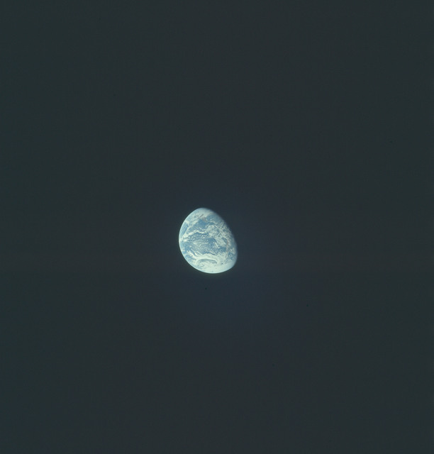 AS17-148-22759 - Apollo 17 - Apollo 17, Earth views over North and South America and Antarctica