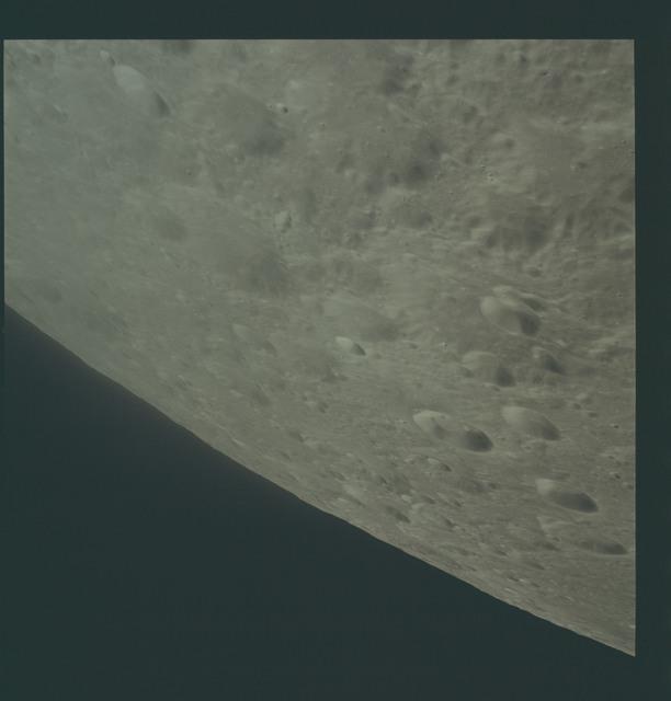 AS17-151-23139 - Apollo 17 - Apollo 17- Moon, Daedalus