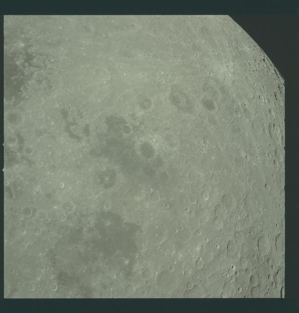 AS17-152-23327 - Apollo 17 - Apollo 17, Smyth's Sea, Foaming Sea, Border Sea
