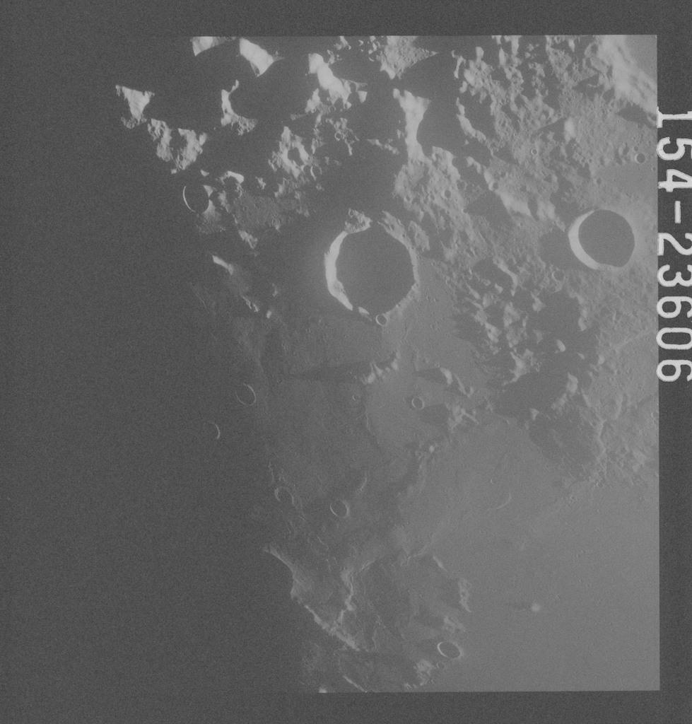 AS17-154-23606 - Apollo 17 - Apollo 17, Littrow, Vitruvius, A, B, L