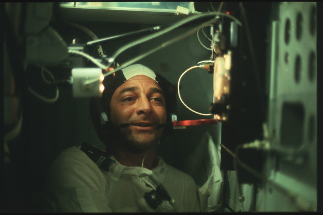 AS17-162-24057 - Apollo 17 - Apollo 17, Command Module Interior, Heat Flow Experiment Panel