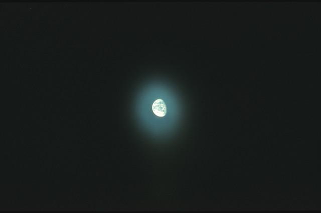 AS17-162-24067 - Apollo 17 - Apollo 17, Earth sphere