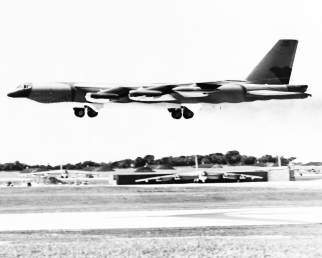 A US Air Force (USAF) B-52H Stratofortress aircraft on landing approach during Operation LINEBACKER