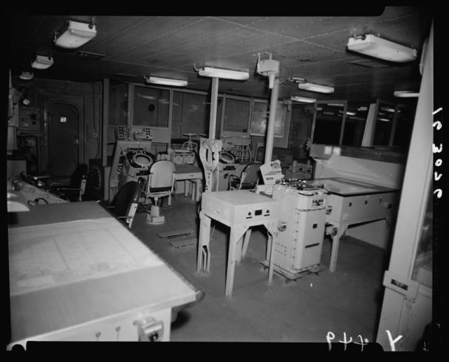 APA-249 Francis Marion [19-NN-APA-249 Francis Marion-163076]