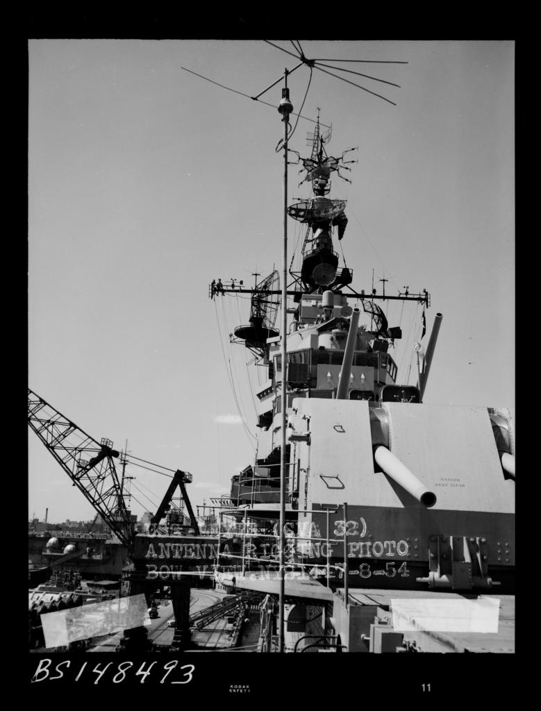 CVA 32  Leyte