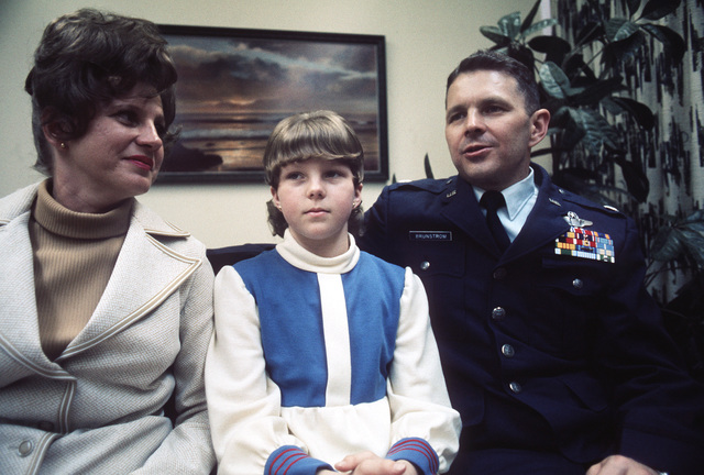 Former POW and U.S. Air Force LCOL Alan Leslie Brunstrom with his wife, Helen and daughter Kathy. LCOL Brunstrom was captured on 22 Apr 66 and released by the North Vietnamese in Hanoi on 12 Feb 73