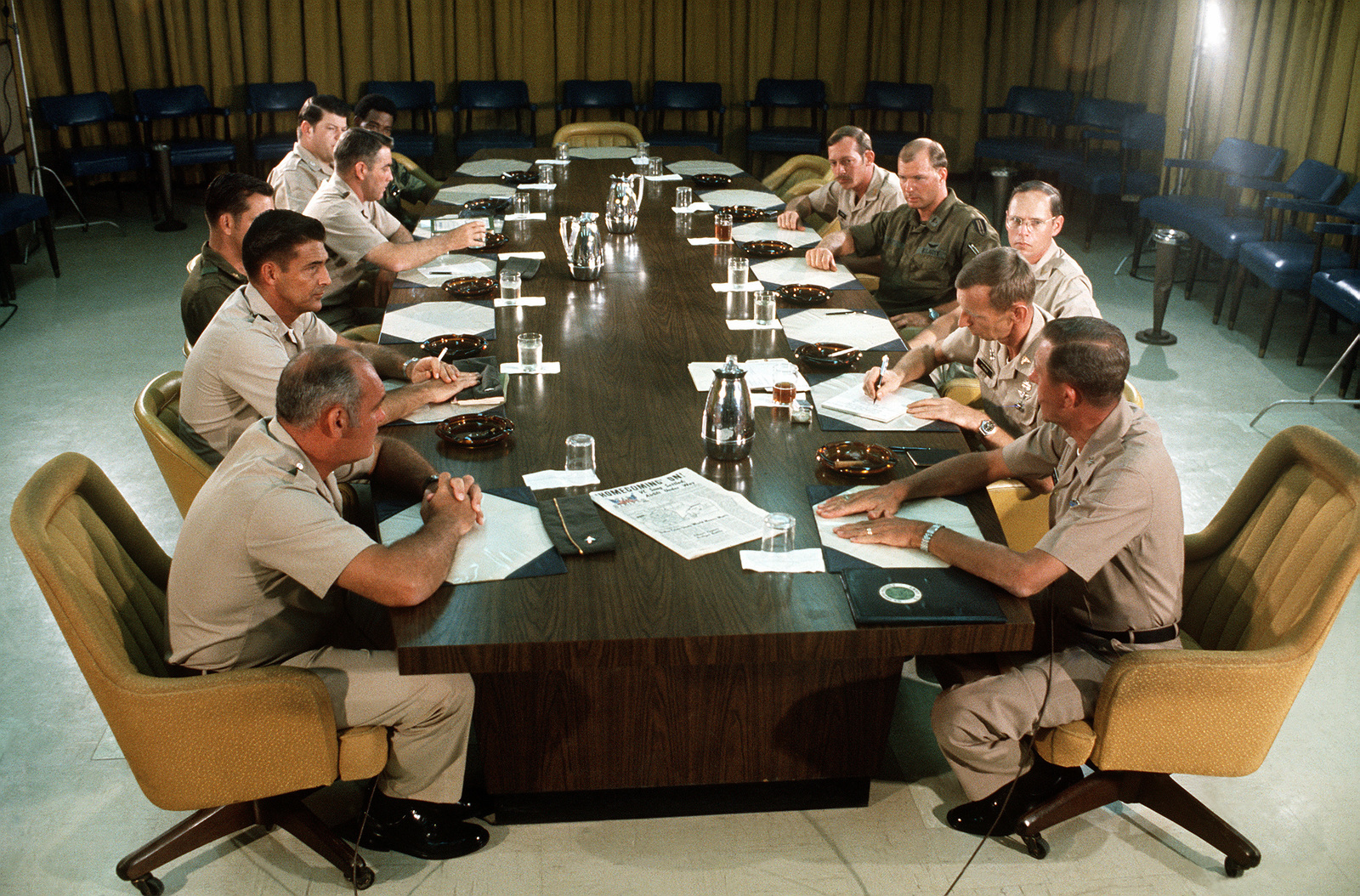 Overall view of Operation Homecoming debriefing held at Military Assistance Command-Vietnam (MACV) on Tan Son Nhut Airbase. The meeting is co-chaired by BGEN McMull and BGEN Stan McClellan, CHIEF of STAFF, Military Assistance Command-Vietnam (MACV) both from U.S. Army