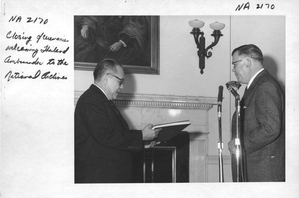 Photograph of Closing of Ceremonies Welcoming Thailand Ambassador Visutr Arthayukti to the National Archives