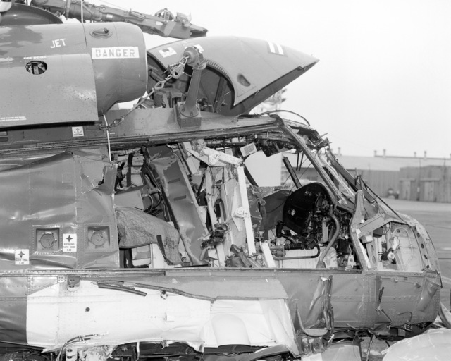 A view of the right side cockpit on an SH-2F Seasprite helicopter that crashed in San Diego Harbor. The helicopter is assigned to Light Helicopter Anti-submarine Squadron 33 (HSL-33)
