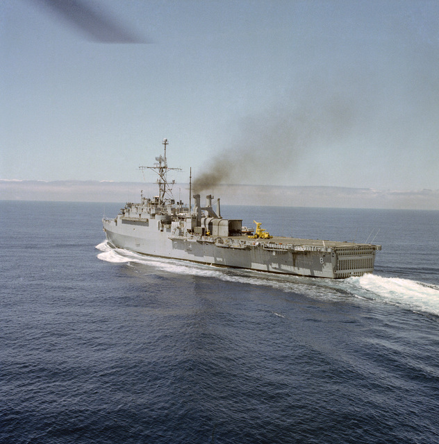 Port quarter view of the amphibious transport dock USS DUBUQUE (LPD 8) underway during steering tests