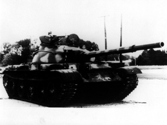 A right front view of a Soviet T-62 medium tank