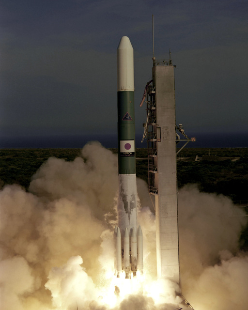 Delta launch vehicle No. 140 lifts off from Complex 17 at 5:01 p.m. EST carrying the BSE spacecraft