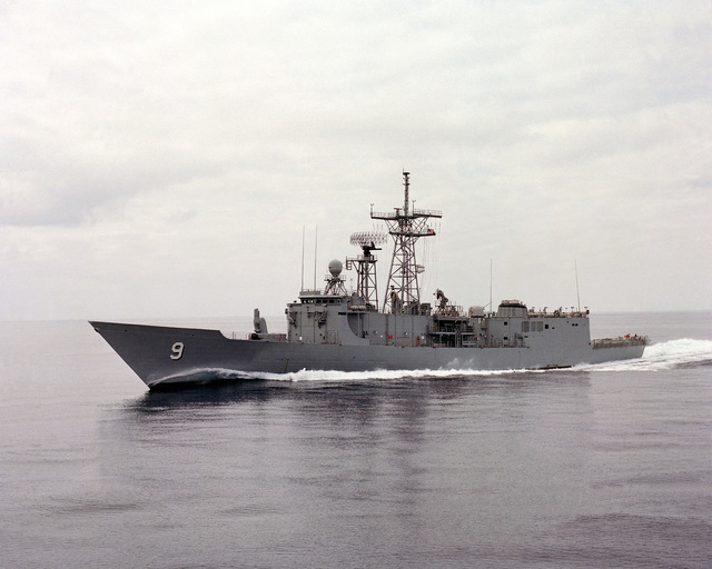 Aerial port view of the guided missile frigate USS WADSWORTH (FFG 9) underway