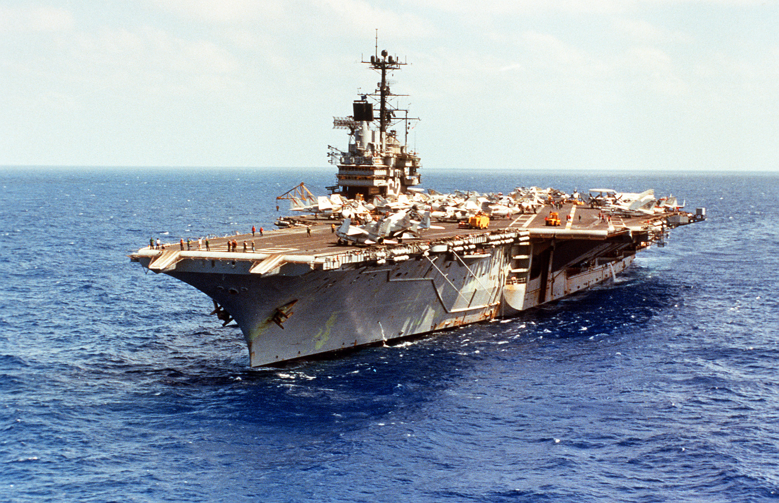 port bow view of the aircraft carrier uss independence  cv