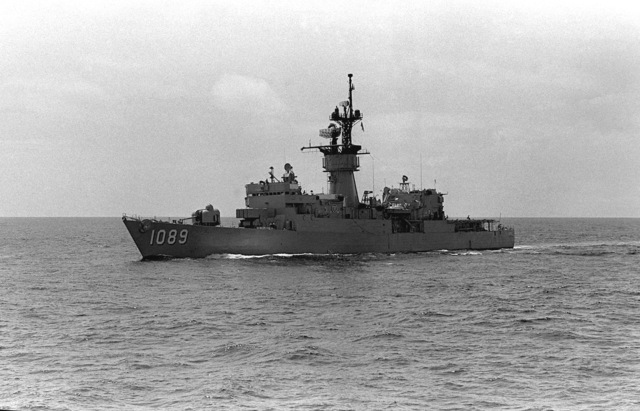 A port beam view of the frigate USS JESSE L. BROWN (FF-1089) during exercise Unitas XX