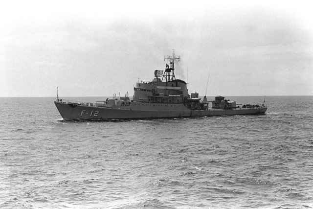 A port beam view of the Venezuelan frigate GENERAL JOSE TRINIDAD MORAN (F-12) during exercise Unitas XX