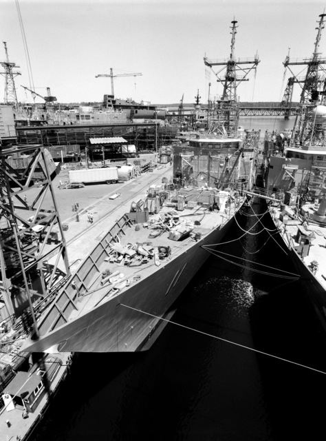 A port bow view of the guided missile frigate USS CLARK (FFG 11) under construction