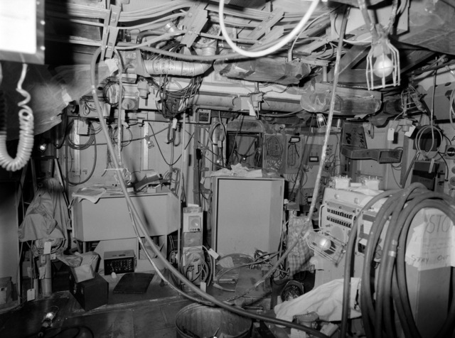 An interior view of the combat information center on the guided missile frigate USS CLARK (FFG 11) under construction