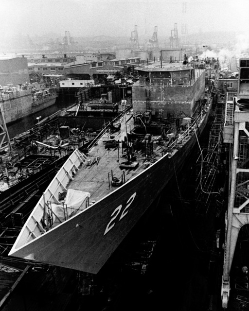 The port bow view of the guided missile frigate FAHRION (FFG-22), under construction on the ways at Todd Pacific Shipyards Corporation