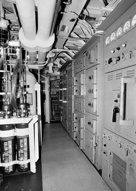 An interior view of auxiliary machine room No. 2 on the guided missile frigate DUNCAN (FFG 10) at 100 percent completion