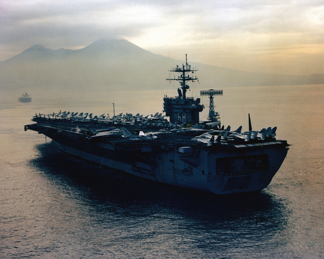 A port quarter view of the nuclear-powered aircraft carrier USS NIMITZ (CVN 68)
