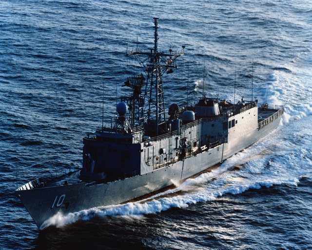 An aerial starboard bow view of the Australian frigate ADELAIDE (F-01) as Todd Pacific Shipyards Corporation conducts sea trials