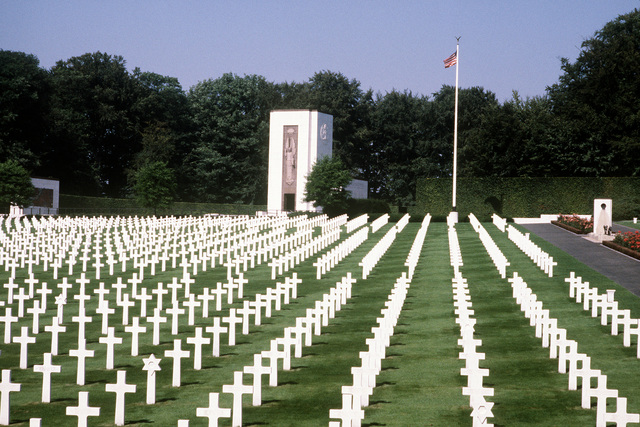 A view of graves at the Bastogne Memorial