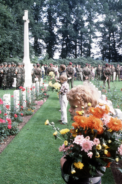 Dutch children hold flowers to be placed on the graves during the 36th Annual Remembrance of the Battle of Arnhem