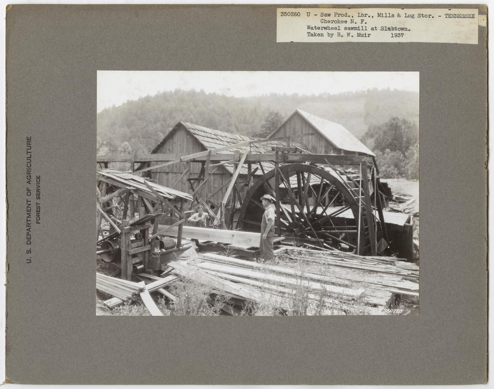Large Sawmills: Mill Buildings - All States