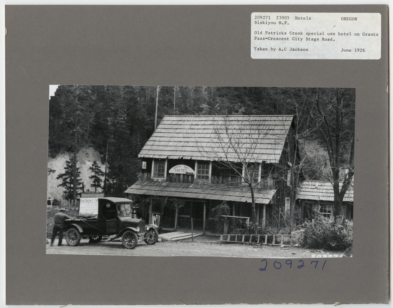 Resorts and Other Dwellings - Oregon