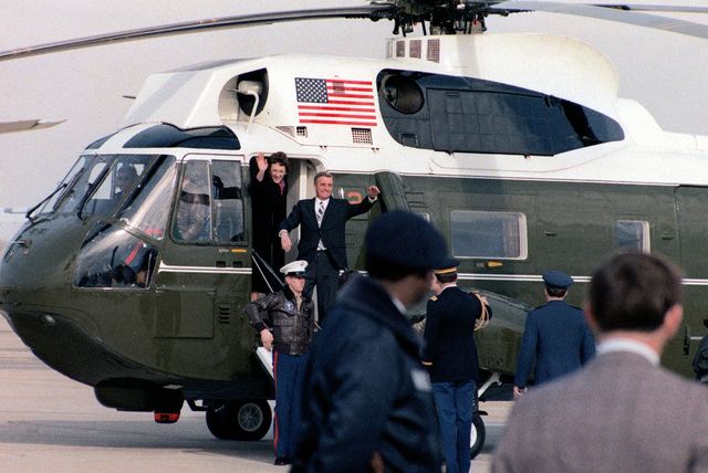Former Vice President Walter Mondale and his wife, Joan, arrive at Andrews Air Force Base, by presidential helicopter (VH-3D Sea King) during Inauguration Day