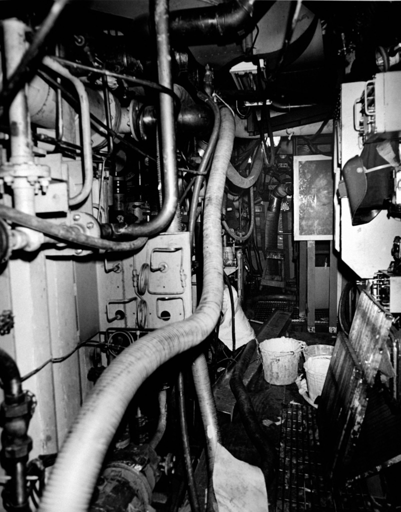 An interior view of auxiliary machine room No. 3 on the guided missile frigate USS ANTRIM (FFG 20) at 90 percent completion