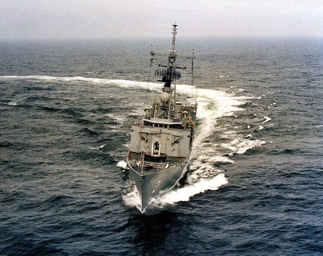 Aerial bow view of the Oliver Hazard Perry class guided missile frigate USS FLATLEY (FFG 21) underway during acceptance trials