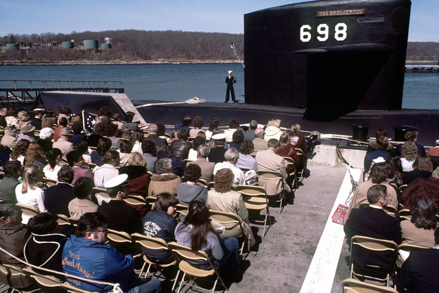A view of guests attending commissioning ceremonies for the nuclear-powered attack submarines USS BREMERTON (SSN-698)
