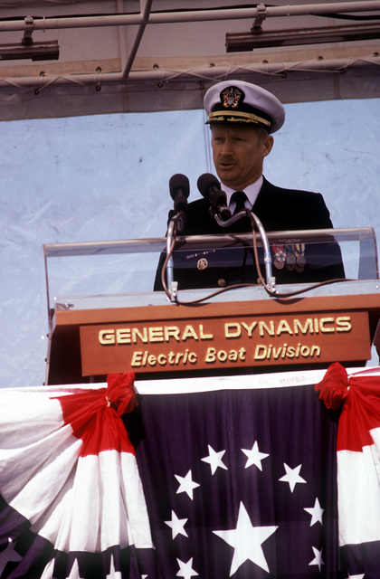 CAPT Thomas H. Anderson commanding officer of the nuclear-powered attack submarine USS BREMERTON (SSN-698), speaks during the ship's commissioning ceremonies