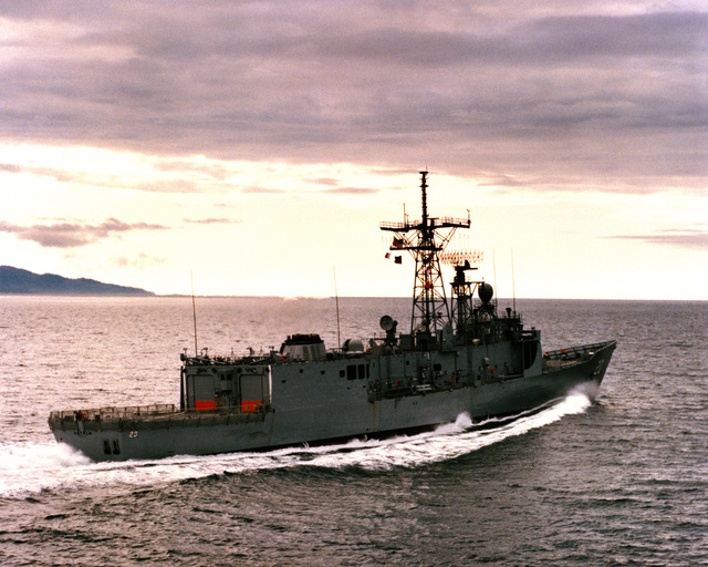 An starboard quarter view of the guided missile frigate ANTRIM (FFG-20) as Todd Pacific Shipyards Corporation conducts sea trials