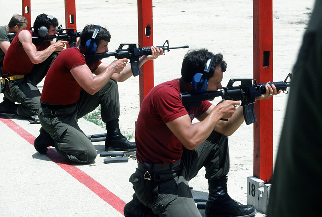 Royal Canadian Air Force members fire M-177 machine guns at the range during the Volant Rodeo 1981 competition